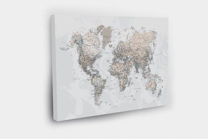 3D kelioniu žemėlapis ant drobės su smeigtukais