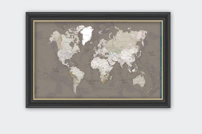 Rudas pasaulio žemėlapis su smeigtukais